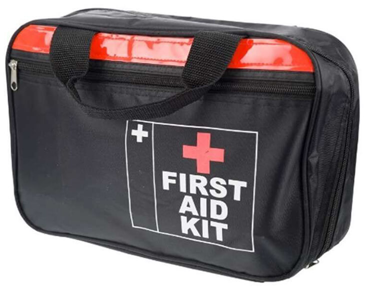 4 things you didn't know you needed in your first aid kit | BODYTEC