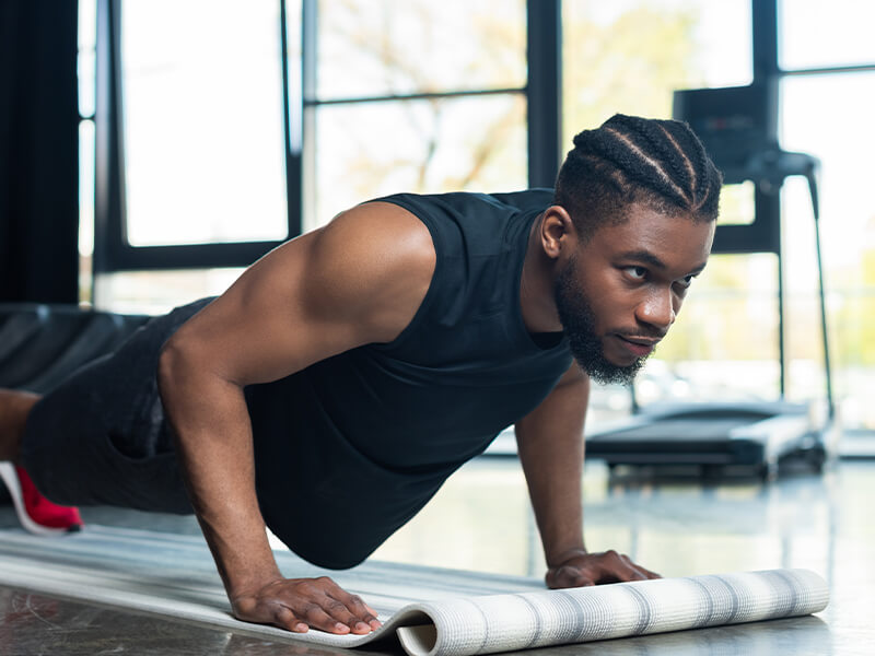 7 ways to reduce your risk of injury while training | BODYTEC